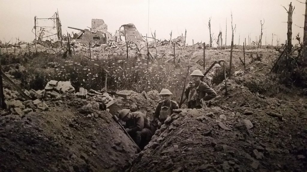 Black and whote photos of World War One soldiers in trenches